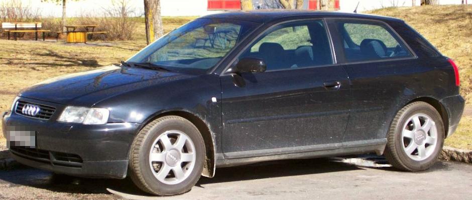 Dieser Audi A3 stand ca. zwei Stunden alleine auf einer Raststätte bei Irschenberg, bis ihn seine Familie aus Nürnberg schließlich abholte.