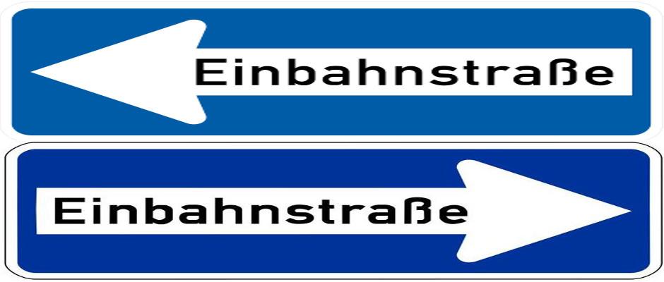 Bisher konnte man die Königsberger Straße in Erlangen nur in eine Richtung passieren (oberes Schild) Das hat seit gestern ein Ende. Mit dem neuen Verkehrsschild (unten) ist es den Anwohnern nun auch möglich, die Straße in entgegengesetzter Richtung zu benutzen.