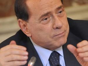 Silvio Berlusconi wiederholte heute Morgen beinahe flehend seinen Wunsch, Mitglied der neuen italienischen Regierung werden zu dürfen.