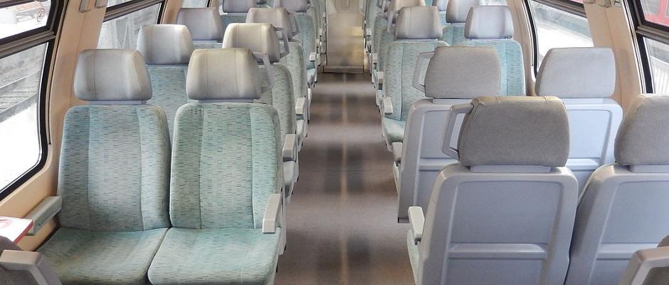 Der Traum eines jeden Bahnmitarbeiters: eine leere Regionalbahn. Bislang ist das ein seltenes Bild.