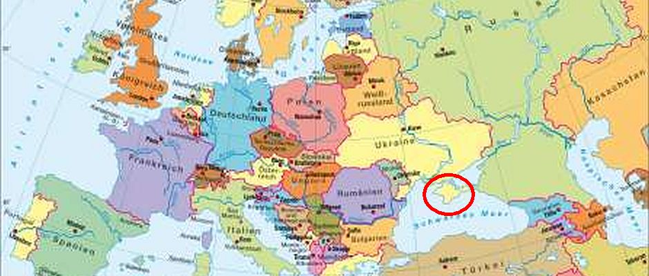Grün oder Gelb? Für den neuen Diercke-Weltatlas wäre eine schnelle Entscheidung über die zukünftige Länderzugehörigkeit der Halbinsel Krim (roter Kreis) von großer Wichtigkeit.