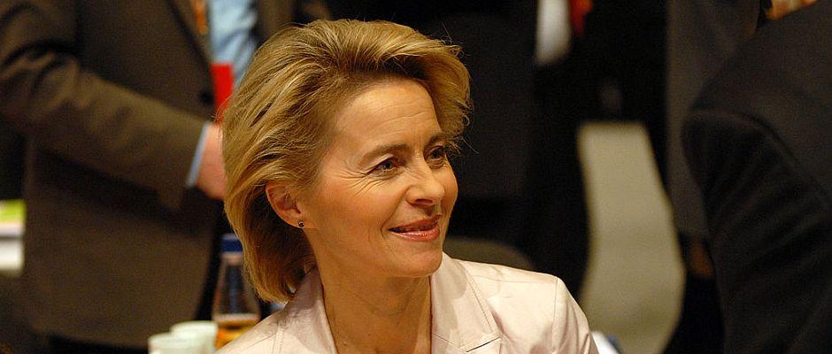 Freut sich über die Wiedereinführung der 2011 abgeschafften Wehrpflicht: Verteidigungsministerin Ursula von der Leyen