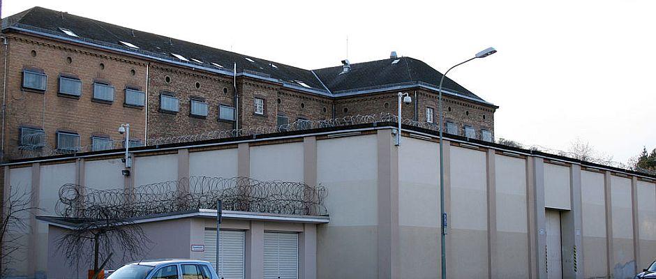 Auch in deutschen Gefängnissen könnte es bald deutlich leerer werden, wenn man für versehentlich begangene Straftaten nicht mehr verurteilt wird.