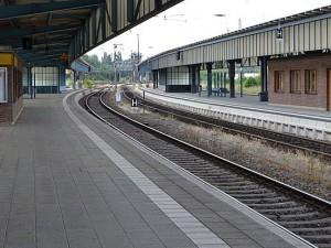 Ein leerer Bahnhof. Derzeit wieder häufiger in Deutschland zu beobachten.