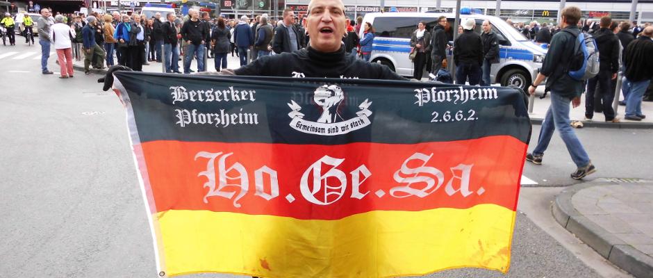 """Auch dieser """"Hooligan gegen Salafisten"""" hat bereits vor einem Jahr in Köln vor der Gewaltbereitschaft von Ausländern gwarnt."""