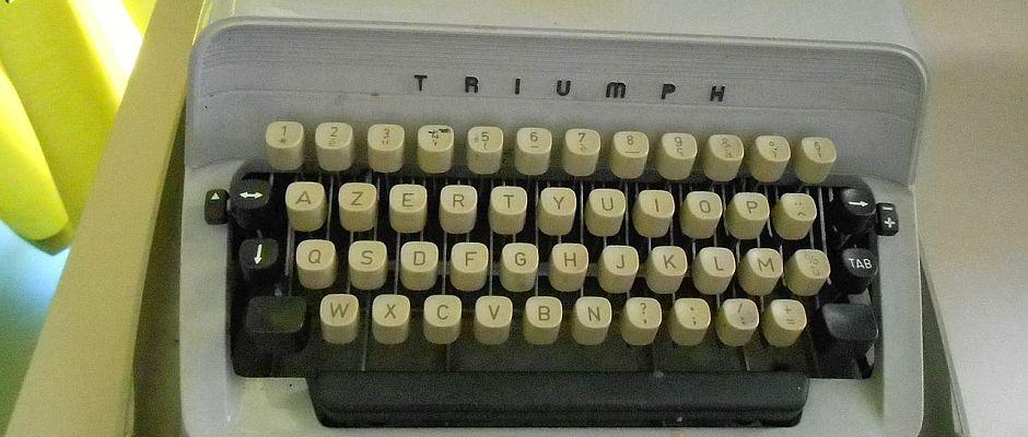 Seit heute plötzlich wieder beliebt wie eh und je: Die Schreibmaschine.