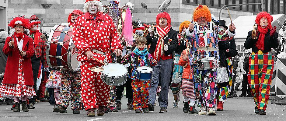 Eine Horde von Clowns. Potenzielle Täter?