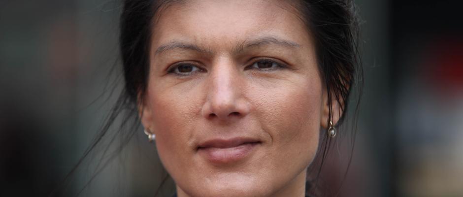 Sahra Wagenknecht strickt sich eine Partei, die besser zu ihr passt.