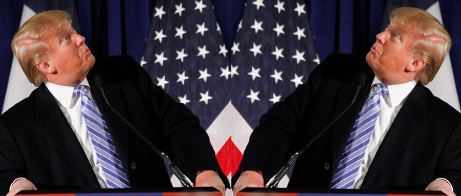 Donald Trump (links) distanziert sich vom Präsidentschaftskandidaten Donald Trump (rechts).