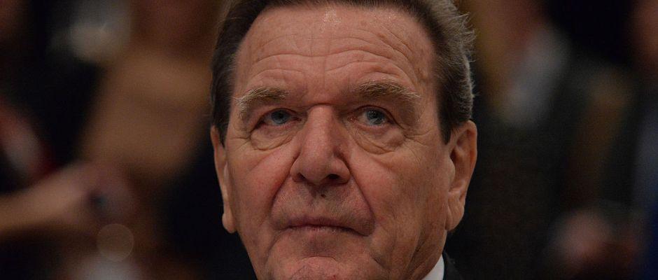 Altbundeskanzler Gerhard Schröder will es noch einmal wissen.