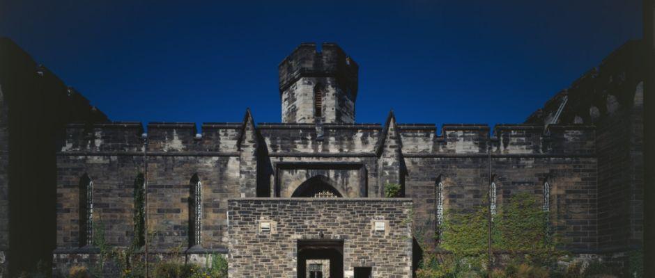 In diesem mittlerweile zur Sehenswürdigkeit umfunktionierten ehemaligen Gefängnis saß Shelby seit der Eröffnung 1829 bis zur Schließung im Jahr 1971 ein.