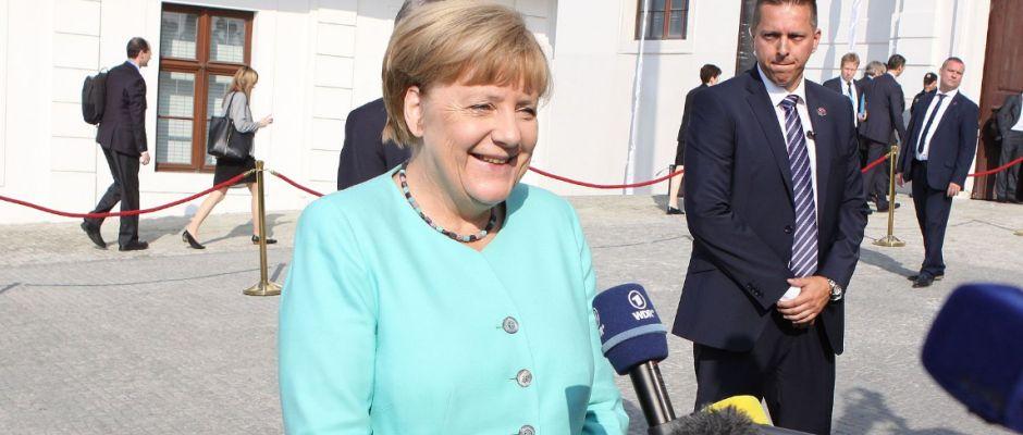 Damit hatte wohl niemand gerechnet: Merkel tritt als Bundeskanzlerin zurück.