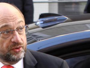 """Martin Schulz hat Ungeheuerliches erfahren und warnt seine Partei nun vor """"inländischen Wahlmanipulatoren""""."""