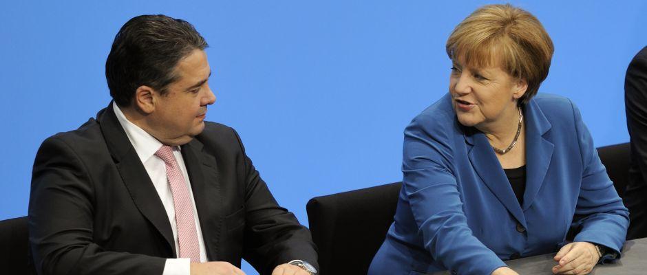 Soll es für Merkel richten: Stellvertreter Sigmar Gabriel (links).