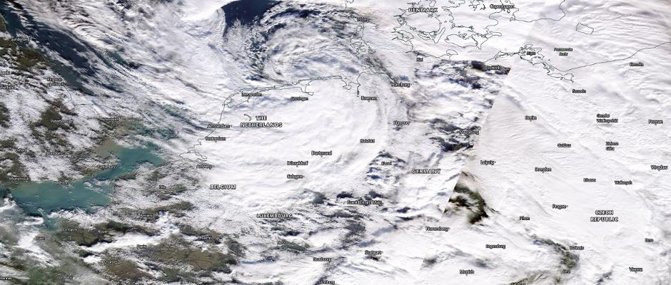 Ein Sturmtief zieht übers Land - mit zum Teil heftigen Auswirkungen.