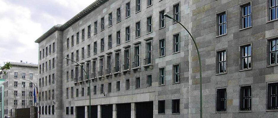 Das Bundesministerium der Finanzen in Berlin ist nun fest in SPD-Hand. Für viele ein Desaster.