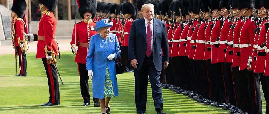 Beim ersten Besuch im vergangenen Jahr überwog mangels Sprachkenntnisse das Schweigen zwischen der Queen und Trump.