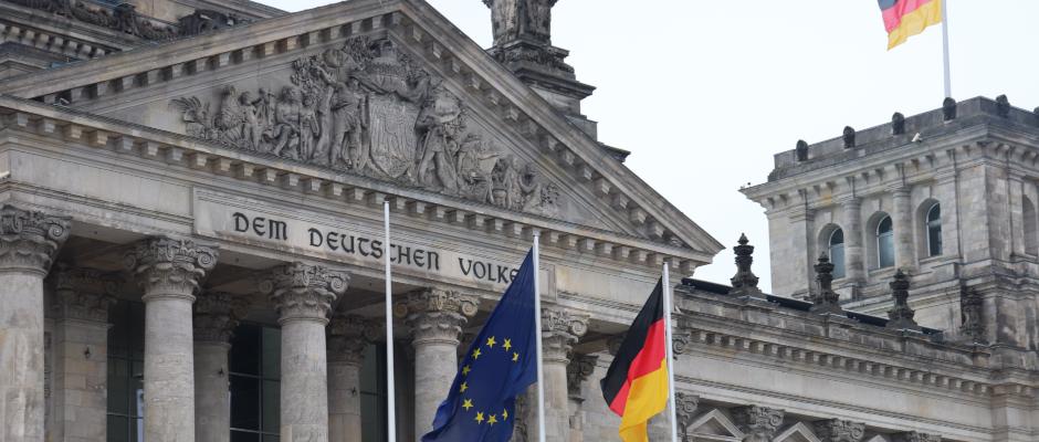 Revanche: Andere Parteien laden Antifaschisten in Bundestag ein